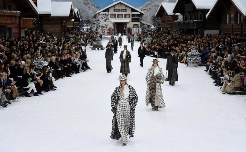 Chanel to pay tribute to Lagerfeld with his final collection