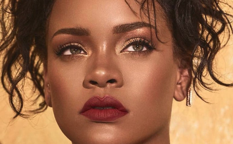 814afe5417ee6 Why does Rihanna's fashion outsell other celebrity collections?